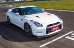 Тест-драйв Nissan GT-R: Nissan GT-R - укрощаем мощь Годзиллы
