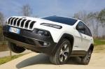 Тест-драйв Jeep Cherokee: В чужих глазах