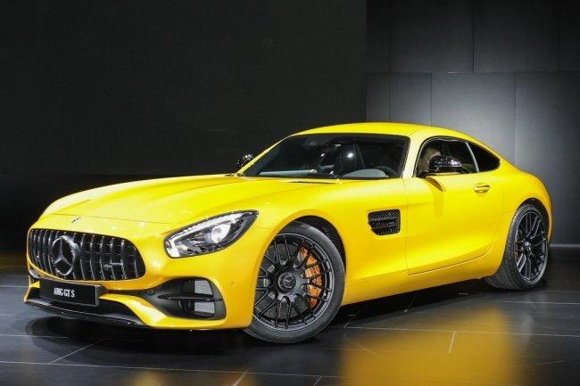 Дорожному Mercedes-AMG GT добавили полноуправляемое шасси