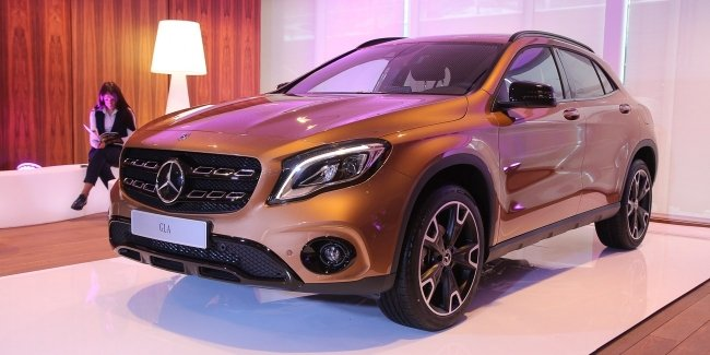 Обновленный Mercedes-Benz GLA уже презентован в Украине