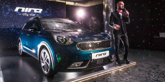 В Украине официально презентовали гибридный Kia Niro