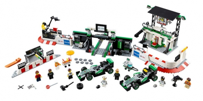 Lego выпустила конструктор Mercedes-AMG F1 Team