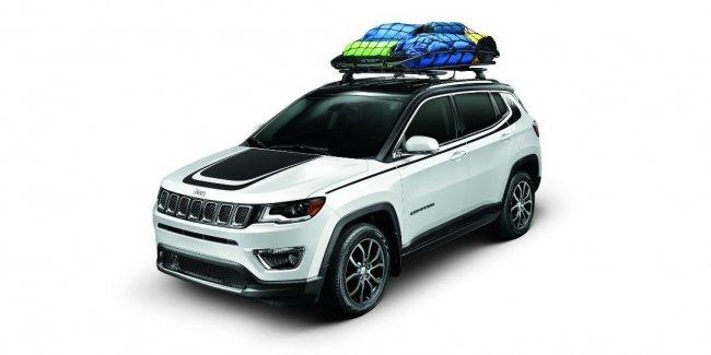 Новый Jeep Compass получил эксклюзивные аксессуары от ателье Mopar