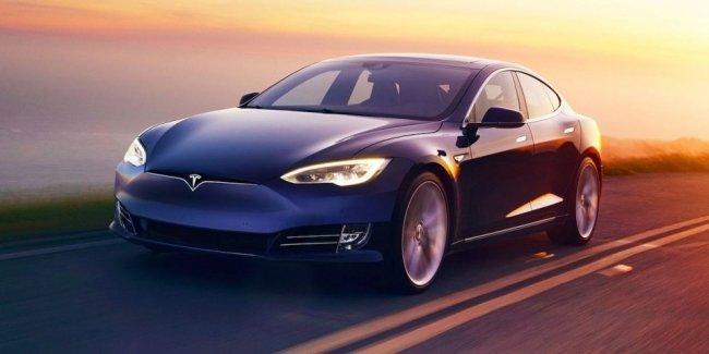 Tesla откажется от «дешевых» Model S