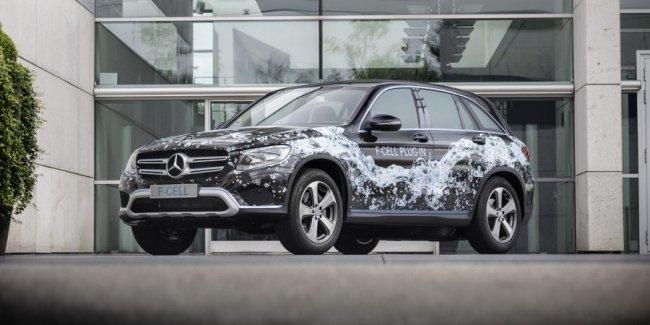 Daimler сосредоточится на выпуске электрических и гибридных автомобилей