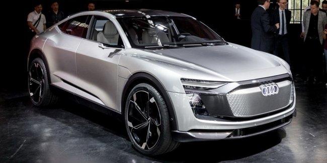 Электрический кросс Audi E-Tron Sportback Concept представлен официально