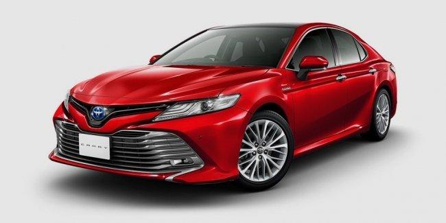 Toyota раскрыла новую Camry для Японии