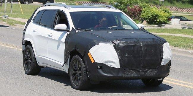 Jeep обновит кроссовер Cherokee
