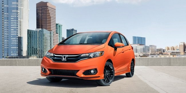 Honda обновила хэтчбек Fit