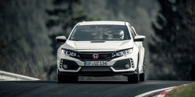 Honda отказалась от «автомата» для Civic Type R из-за лишнего веса