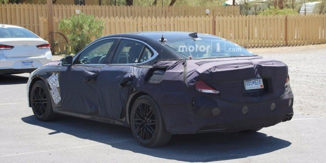 Genesis испытал конкурента BMW 3-Series в Долине Смерти