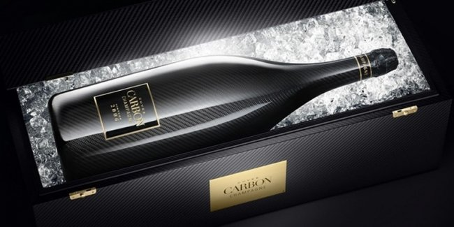 Пилоты Формулы-1 будут обливаться шампанским из карбоновых бутылок