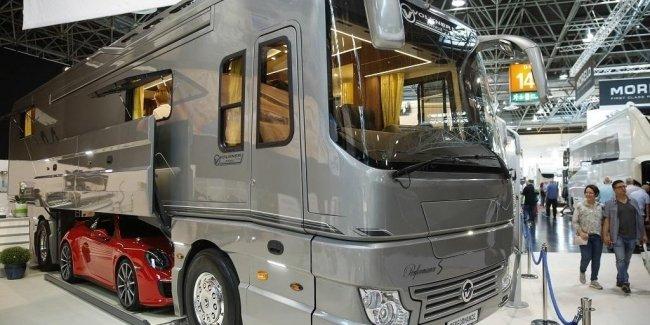 Самый дорогой автодом на выставке Сaravan Salon 2017 в Дюссельдорфе