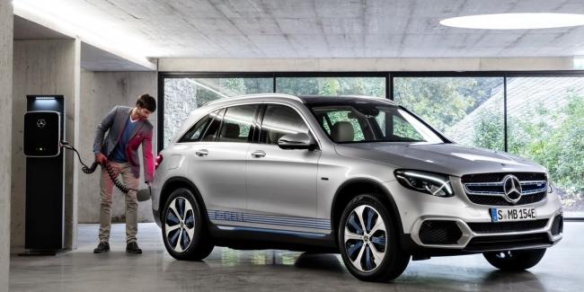 Mercedes-Benz запустил в серию водородный кроссовер