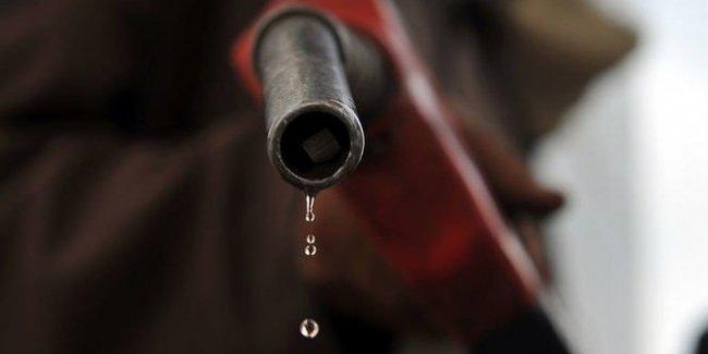 Почему украинским водителям придеться покупать дорогое топливо