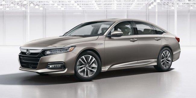 Honda огласила цены седана Accord нового поколения