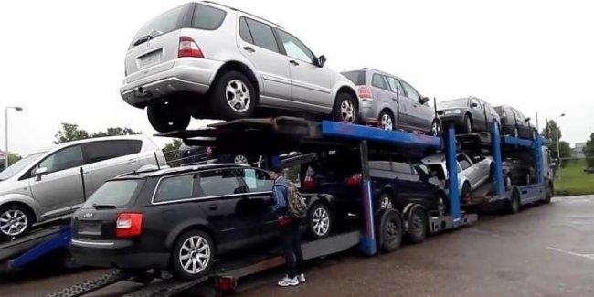 Неприятные новости для покупателей нерастаможенных авто из Литвы