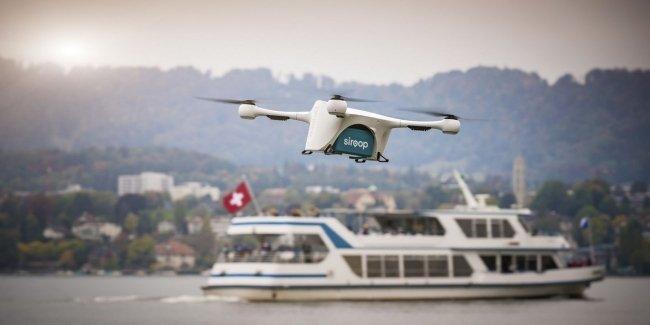 В Швейцарии запустили сервис воздушной почты