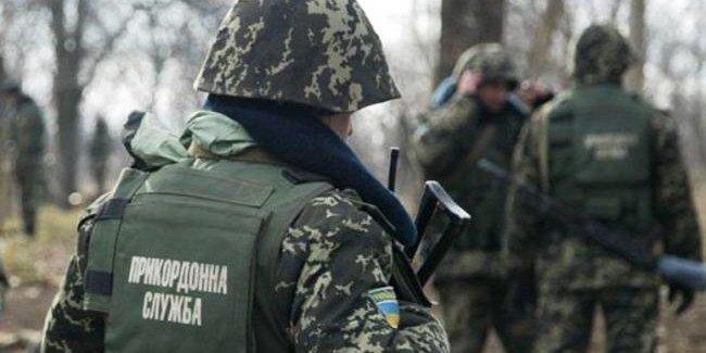 На границе с Польшей активисты заблокировали движение транспорта на КПП