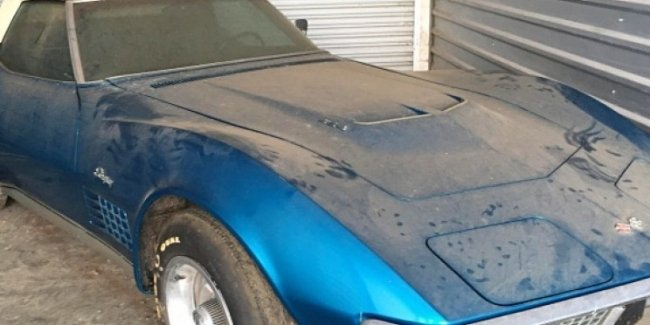 Corvette 45 лет простоял в гараже из-за отсутствия денег на страховку