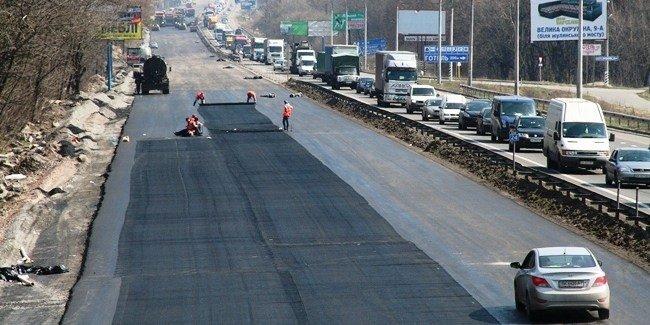 Кабмин перенаправил почти 60 млн грн на дороги во Львовской области