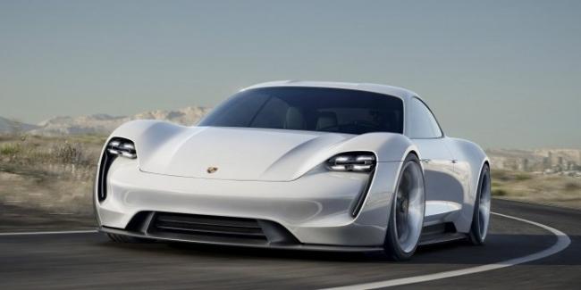 Серийный Porsche Mission E за $85 тыс. уже видели на дорогах общего пользования
