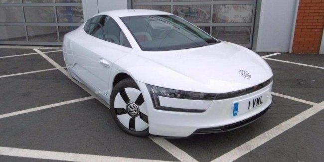 Дизельный гибрид Volkswagen продают за 130 тыс. долларов