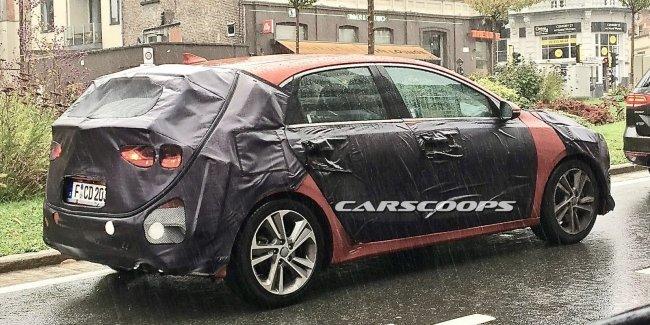 Шпионы поймали новый хэтчбек Kia Ceed на дорогах Бельгии