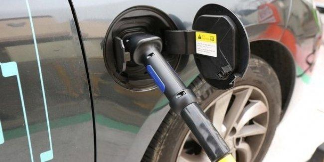 Электромобили в Украине уже становятся выгоднее бензиновых авто