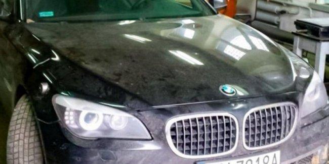 Сколько стоит ремонт бампера президентского лимузина