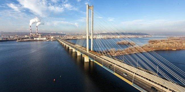 Киевавтодор частично ограничит движение на съезде с Южного моста в направлении Столичного шоссе