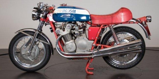 Редкий мотоцикл MV Agusta хотят продать за 150 000 евро