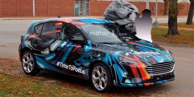 Новый Ford Focus сфотографировали с минимумом камуфляжа