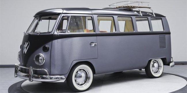 Хиппибас Volkswagen превратили в машину из «Назад в будущее»
