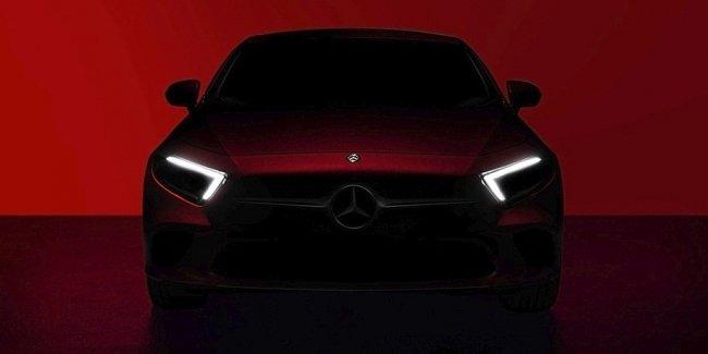 Новый Mercedes-Benz CLS: фары A-класса и интерьер «ешки»