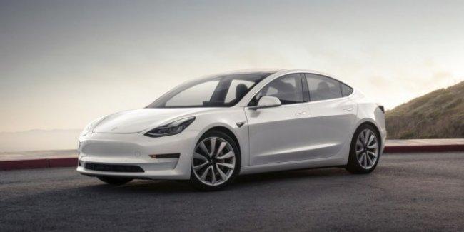 Официально: Tesla Model 3 с запасом хода в 500 километров выйдет в июле 2018 года