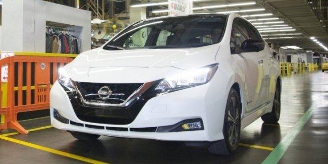 Новый Nissan Leaf официально встал на конвейер