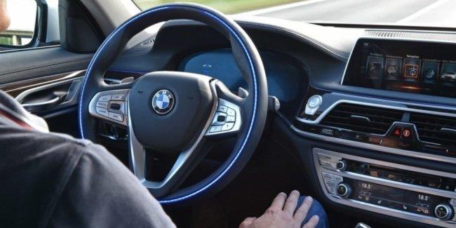 Автомобили BMW не смогут «жертвовать» собой ради жизни пешеходов