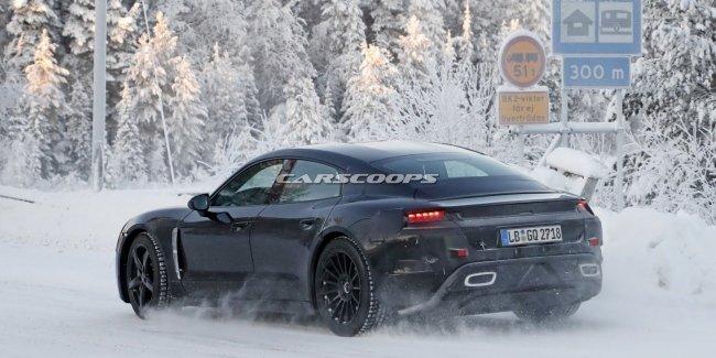 Porsche испытала свой первый электрокар в зимних условиях