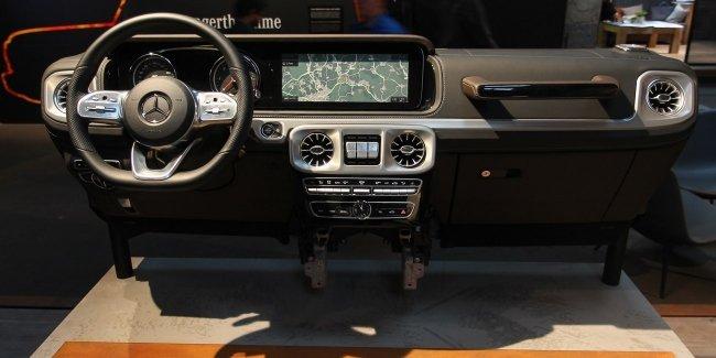 Интерьер нового Mercedes-Benz G-Class - репортаж InfoCar.ua