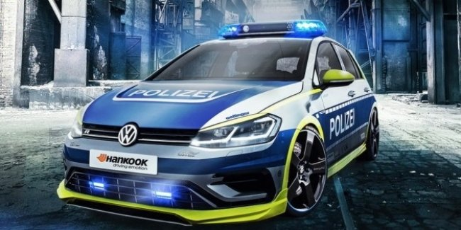 Oettinger построил уникальный полицейский автомобиль Golf 400R