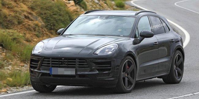 Porsche обновит кроссовер Macan в апреле
