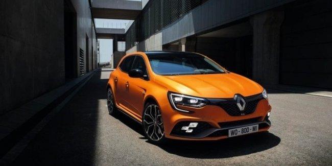 Renault озвучила цены «заряженного» Megane RS нового поколения