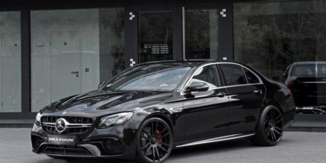Ателье Wheelsandmore добавило брутальности Mercedes-Benz E-Class