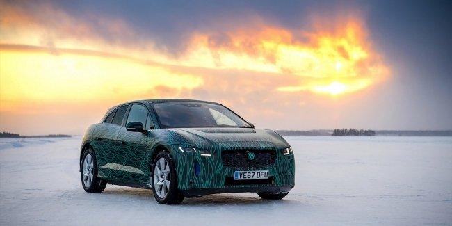 Jaguar показал первый электрический кроссовер на видео