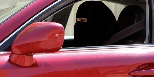 В еще одной арабской стране расширили права женщин-водителей