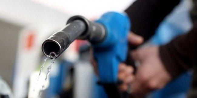 Стало известно, насколько еще подорожают бензины и дизель