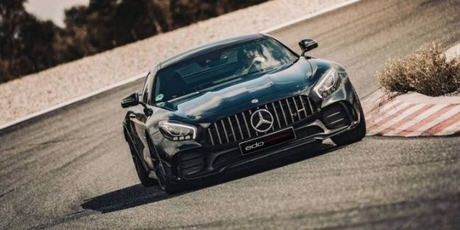 Купе Mercedes-AMG GT R получило 651-сильный двигатель