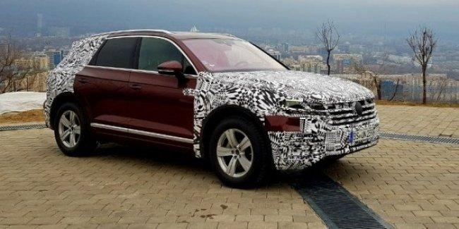 Новый Volkswagen Touareg замечен на тестах в Казахстане