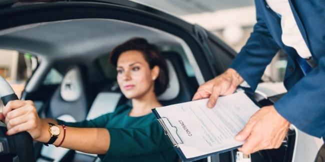 Как женщины выбирают автомобиль при покупке